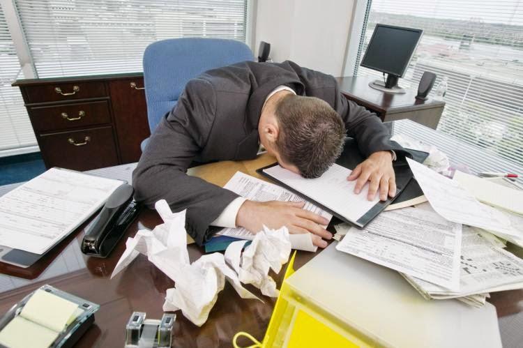 un empleado cansado reduce su productividad